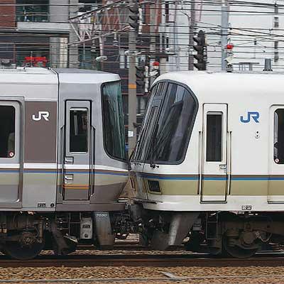 https://cdn3.railf.jp/img/sq400/2016/12/sqrf1612_094.jpg